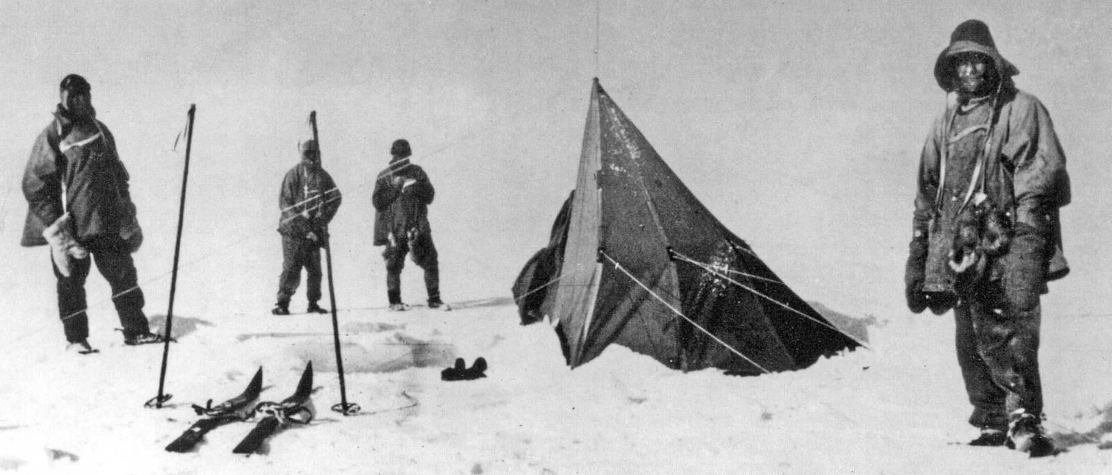 Terra Nova by Robert Falcon Sco